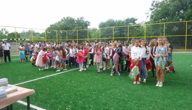 Investițiile în educația copiilor din Grădina, prioritare pentru primarul Gabriela Iacobici - gradina9-1435165082.jpg