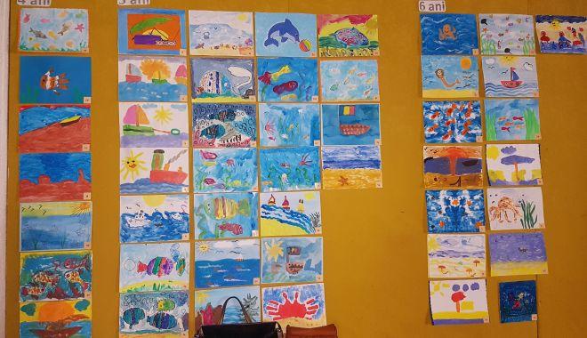 """Foto: Grădiniţa """"Azur"""" dezvoltă talentul artistic al copiilor"""