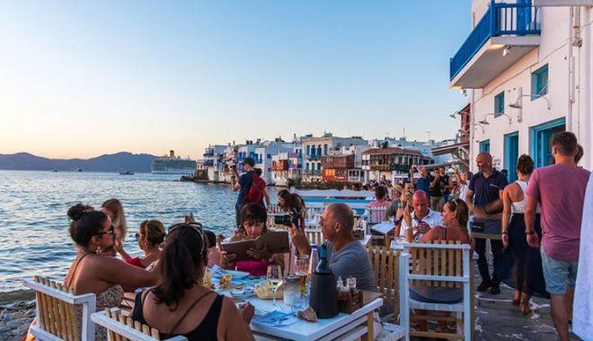 Grecia intră în scenariul roşu. Mii de români vor fi afectaţi - greciabuna-1627583440.jpg