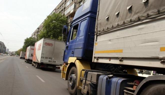 Foto: Transportatorii suspendă protestele anunțate pentru miercuri
