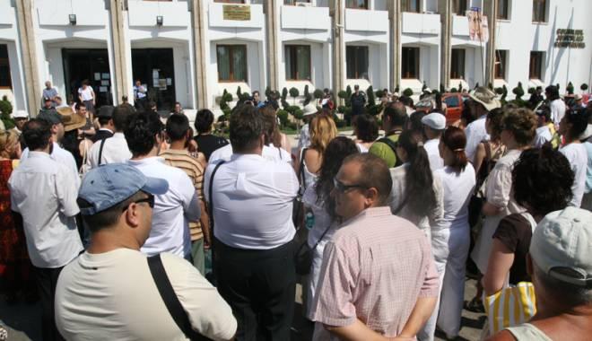 Foto: Grevă generală în administraţia publică!