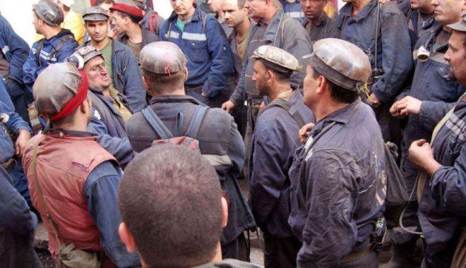 Foto: Greva minerilor a fost declarată ilegală