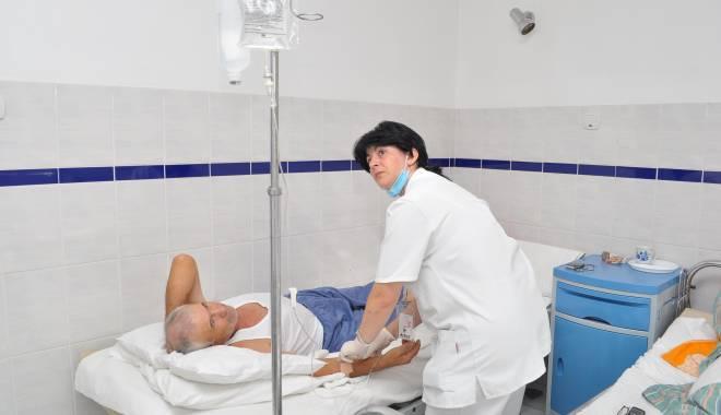Foto: Alte 350 de suspiciuni de gripă! Bilanţul morţilor e negru!