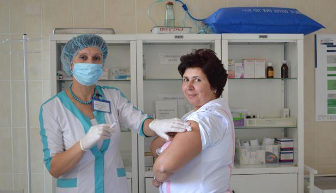 Medicii, în alertă! La un pas  de declanşarea epidemiei de gripă