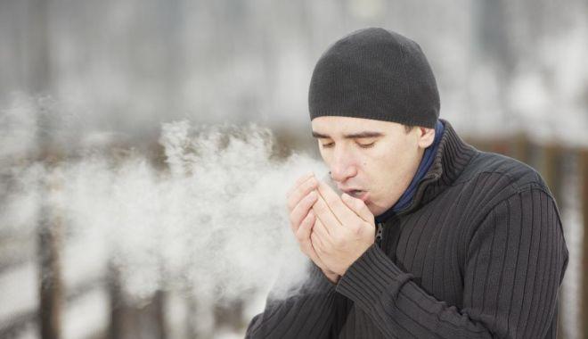 Foto: Afecţiuni de sezon. Feriți-vă de gripă, boala poate debuta rapid!