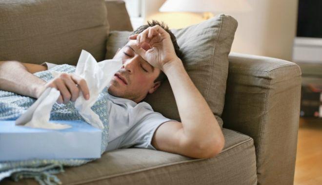 Foto: Trei noi decese de gripă! Bilanţul morţilor a ajuns la 127