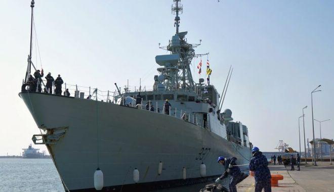 Foto: Grupare navală NATO, în portul Constanța