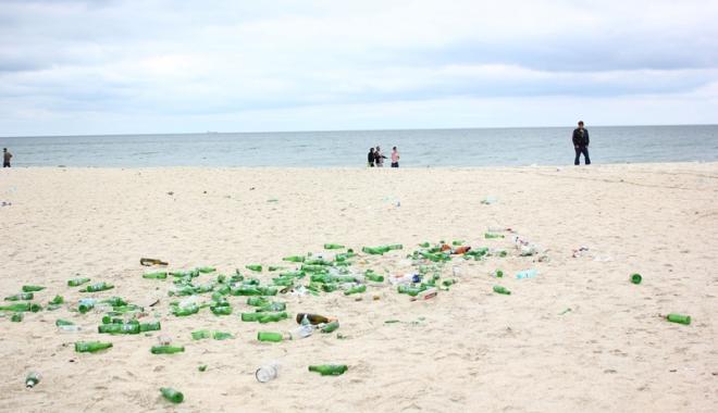 Foto: Seringi, ace, plastice şi scutece, pe plajele de pe litoral!
