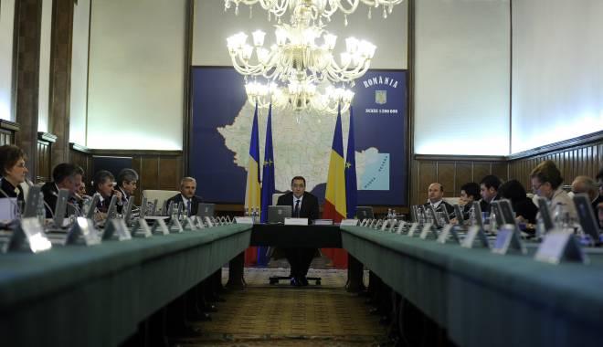 Iată cu cât contribuie România, în 2015, la Fondul NATO - guvernparticipareponta1-1420625262.jpg