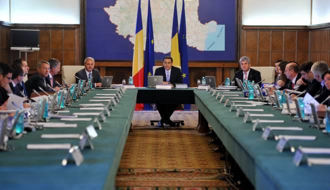 Foto: FMI şi CE cer Guvernului să reducă deficitul bugetar
