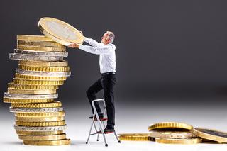 Foto: Guvernul a suplimentat bugetul pentru stimularea investiţiilor