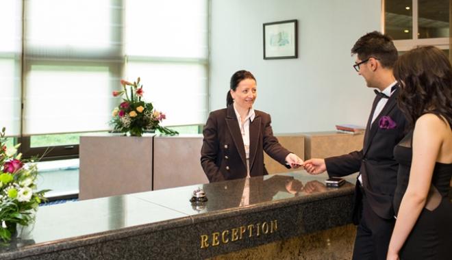 Foto: Guvernul Grindeanu vrea să scape  de plata ajutoarelor de şomaj în turism