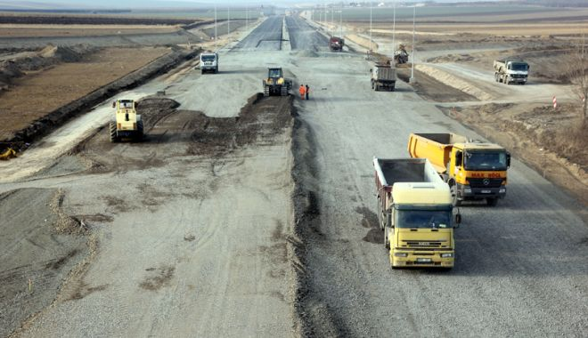 Foto: Guvernul vrea să construiască autostrăzi pe banii privaților