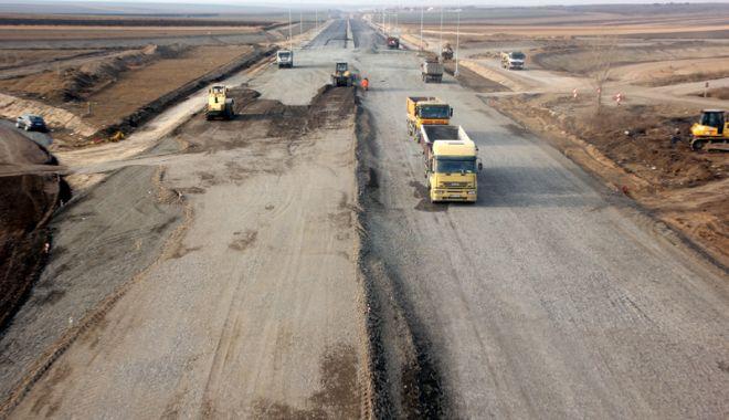 Guvernul vrea să construiască autostrăzi pe banii privaților - guvernulvreasaconstruiasca3-1527087342.jpg