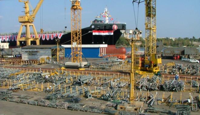 Foto: Guvernul vrea să cumpere șantierul naval Daewoo-Mangalia, să construiască fregate și o bărcuță