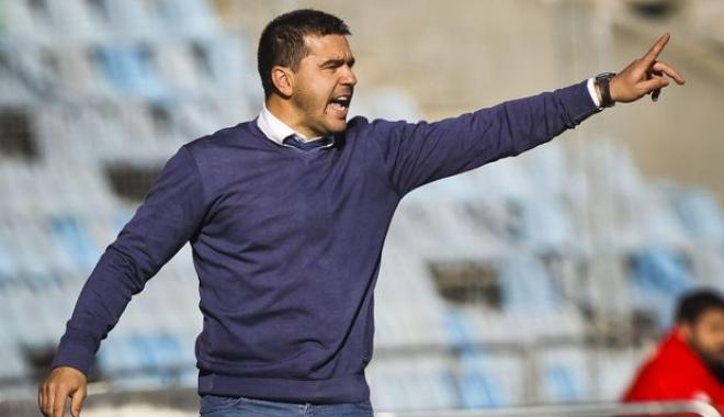 Foto: Cosmin Contra, prezentat oficial la Dinamo:
