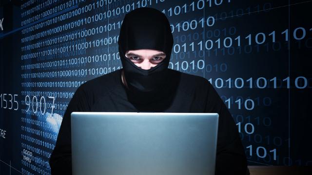 Foto: ALERTĂ! Hackerii RUŞI au furat 1,2 MILIARDE de PAROLE ale utilizatorilor de internet