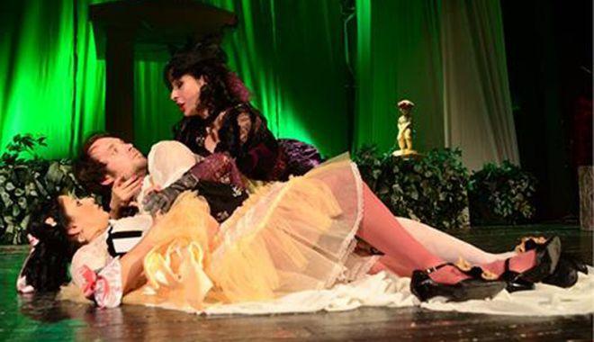 """Foto: Invitaţie la spectacol. Haideţi la """"Nunta lui Figaro""""!"""