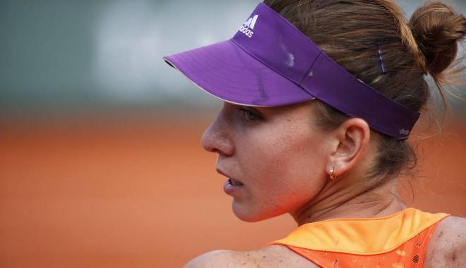 Foto: Tenis / Simona Halep va juca accidentată la București