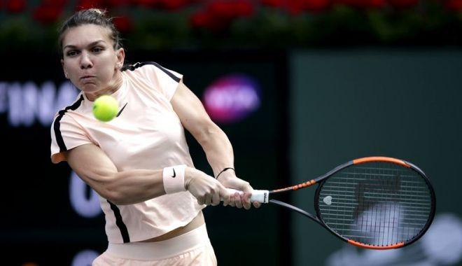 Foto: Tenis / Simona Halep, eliminată de Agnieszka Radwańska în turul al treilea la Miami