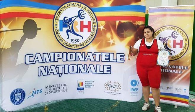 Haltere / O sportivă din Constanţa, pe podiumul Naţionalelor de la Bascov - haltere-1602770296.jpg