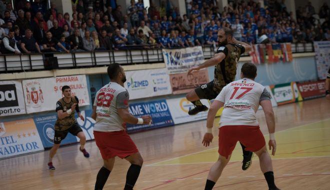 Foto: Handbal. HC Dobrogea Sud, înfrângere severă. Dinamo este campioană!