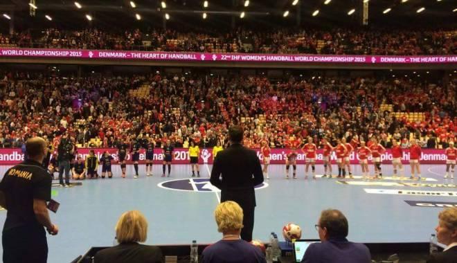 România, CALIFICATĂ în semifinalele Campionatului Mondial de handbal feminin după un meci dramatic împotriva țării gazdă - handbalfete1-1450341472.jpg