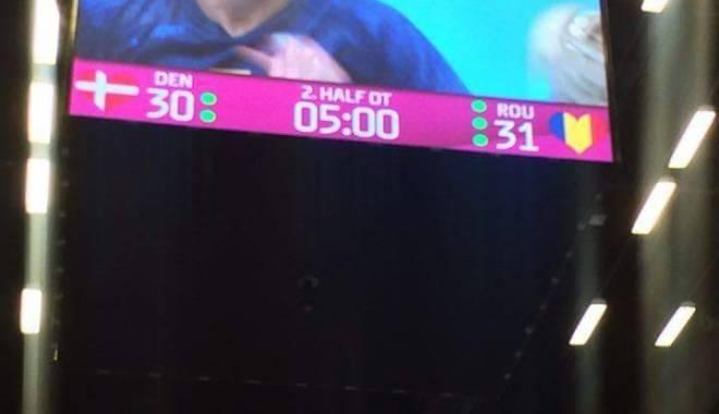 România, CALIFICATĂ în semifinalele Campionatului Mondial de handbal feminin după un meci dramatic împotriva țării gazdă - handbalfete2-1450341477.jpg