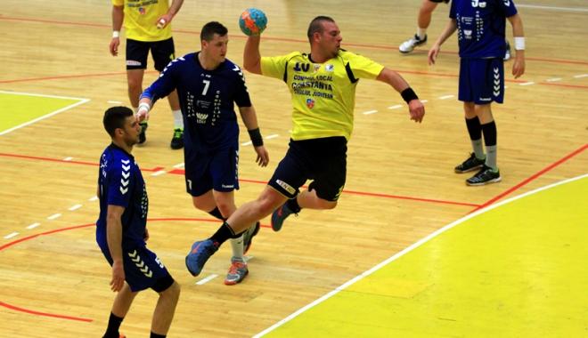 Foto: Handbaliştii de la HC Farul vor susţine două partide amicale