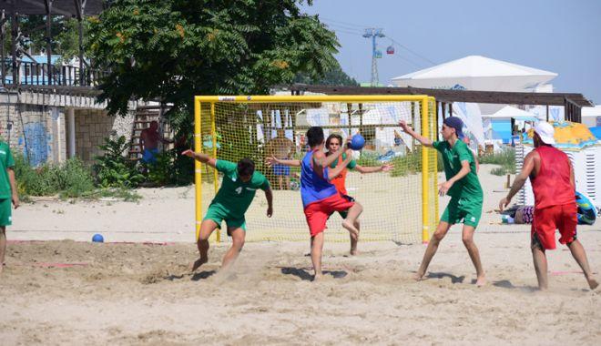 Foto: Handbalul pe plajă revine la Constanţa!