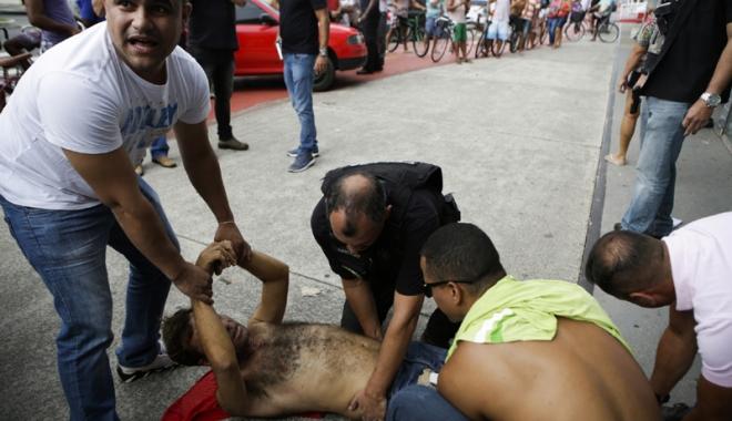 Foto: Şcoli închise, oameni omorâţi  pe bandă rulantă. Haos în tot oraşul!
