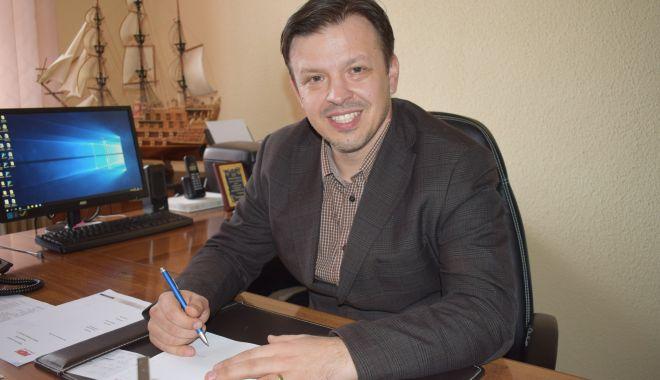 Foto: La unii se poate! Locuințele pentru medicii de la Hârșova, tot mai aproape de realitate