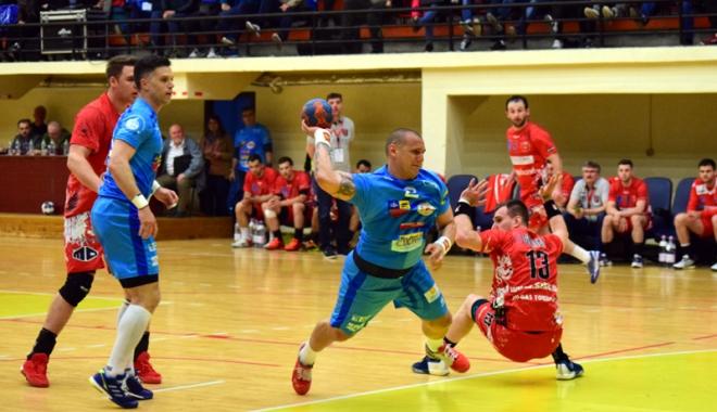 Foto: HC Dobrogea Sud îşi joacă, astăzi, ultima şansă din play-off