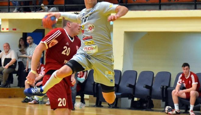 Foto: HC Dobrogea Sud, înfrângere surprinzătoare cu CSU Suceava