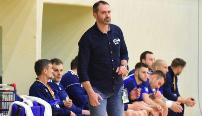 Foto: HC Dobrogea Sud s-a despărţit  de antrenorul Sandu Iacob