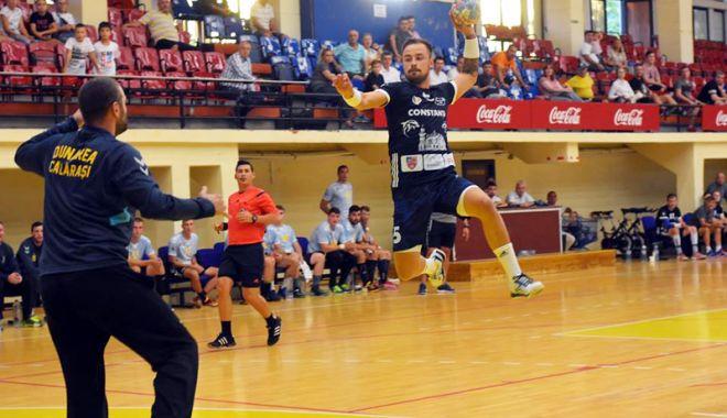 """Foto: """"Meciul cu Dinamo ne-a adus  cu picioarele pe pământ"""""""