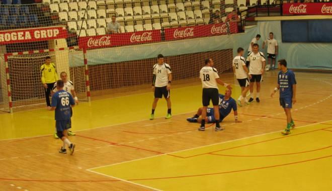 Foto: HC Dobrogea Sud s-a impus categoric în faţa HC Farul, în derby-ul DA