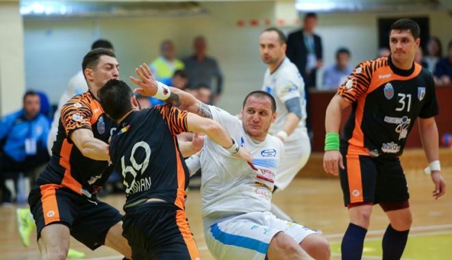 Foto: HC Dobrogea Sud, obligată  să învingă pe HC Odorhei