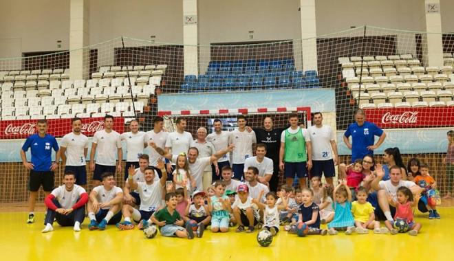 Foto: Handbaliştii de la HC Dobrogea Sud  au plecat în cantonament, în Slovenia