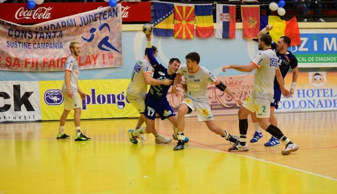 Foto: Derby-ul Ligii Naţionale, HCDS - Steaua, astăzi, la Sala Sporturilor