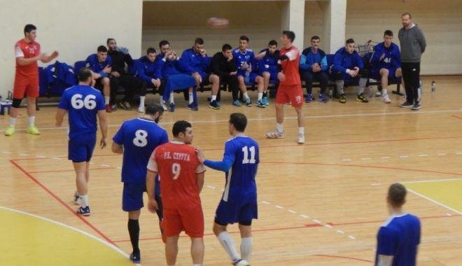 Foto: HCDS câştigă amicalul cu RK Struga. Urmează partida cu HC Buzău