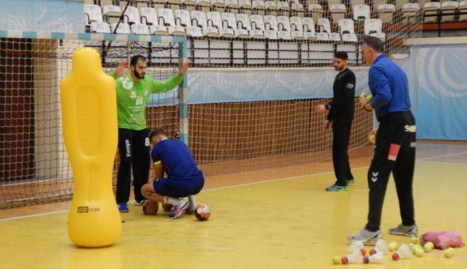 Foto: HC Dobrogea Sud, duel cu vecina de clasament, Poli Timișoara