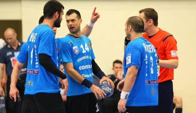 Foto: Handbal masculin: HCM Constanța a pierdut în fața CSM București