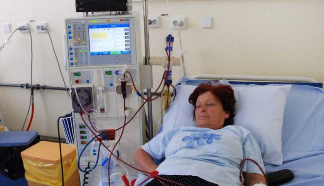 Hemodializa, procedura care ajută bolnavii să se bucure de viață - hemodializa-1626705998.jpg