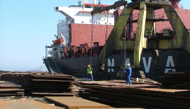 Foto: Hemoragia de locuri de  muncă din portul Constanţa nu se mai opreşte de trei decenii