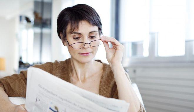 Persoanele diagnosticate cu hipermetropie trebuie să poarte ochelari