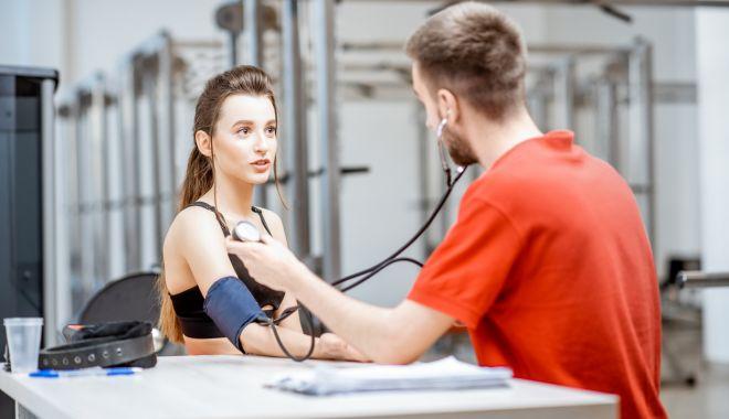 Avertismentul specialiştilor! Hipertensiunea este o boală tăcută, dar periculoasă - hipertensiune-1627995996.jpg