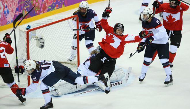 Foto: Hockey feminin: Statele Unite ale Americii întâlnesc Canada