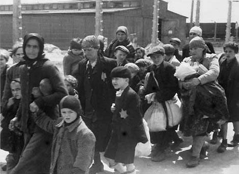 Foto: Profesorii de istorie vor participa la stagii de perfecţionare despre Holocaust