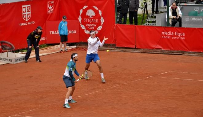 Foto: Tecău şi Mergea s-au oprit  în semifinală  la Toronto